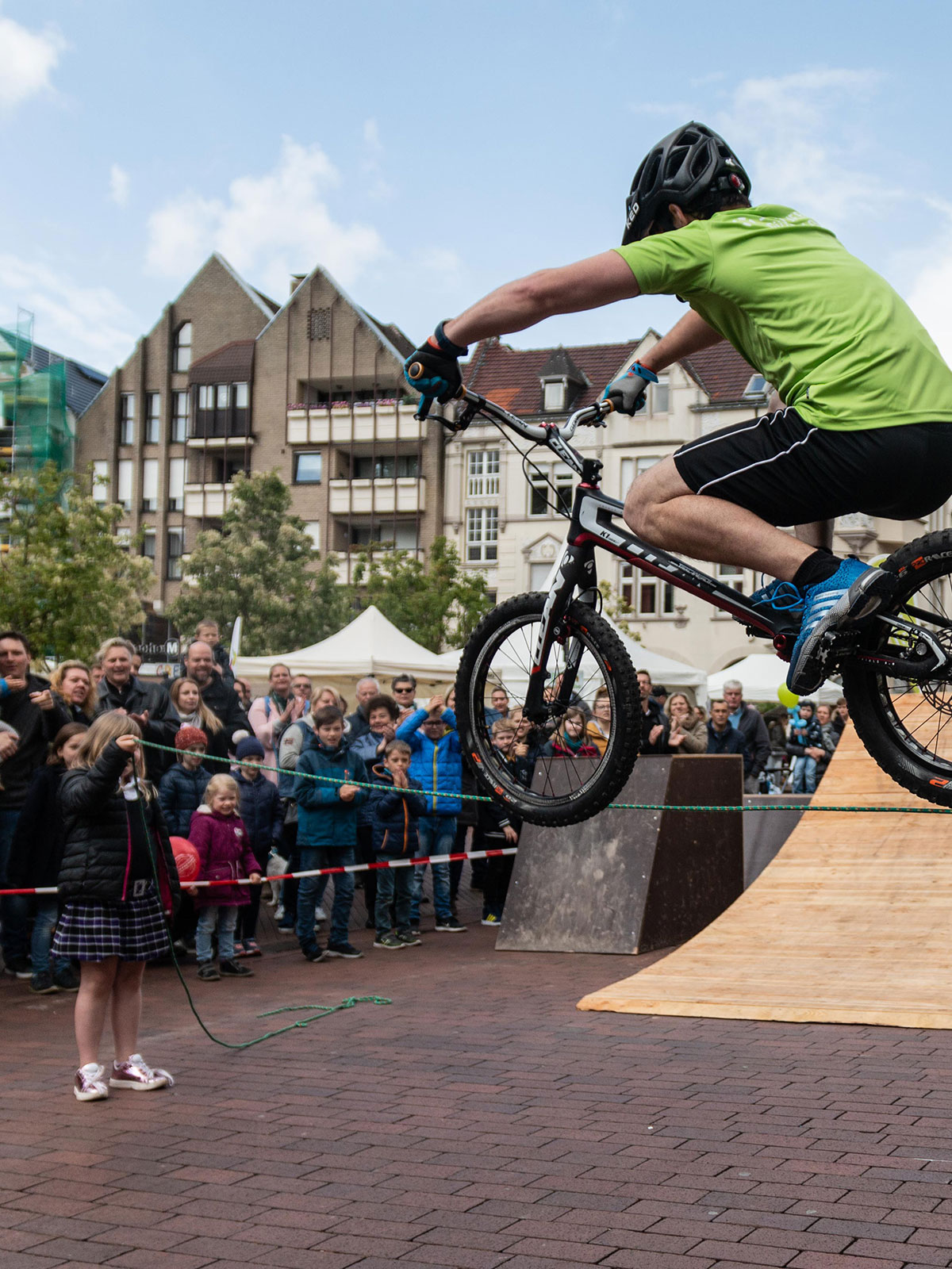 daniel-rall-bike-artist-hornberg-show-bike-coaching